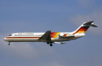 Aero California - An Aero California McDonnell Douglas DC-9 approaches Los Angeles International Airport in 2001.