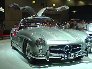 Mercedes-Benz 300SL 2 - Flickr - Alan D.jpg