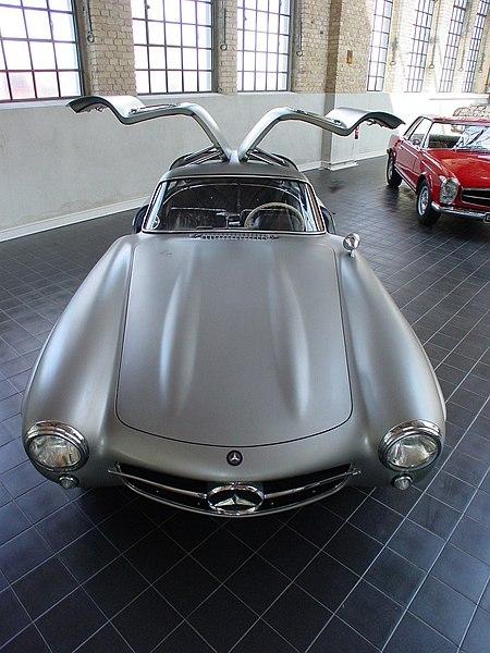 File:Mercedes 300SL Gullwing.jpg