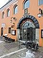 Merchants House, Brasov (44658783920).jpg