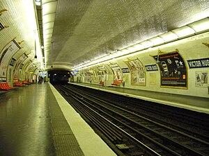 Victor Hugo (Paris Métro) - Image: Metro Paris Ligne 2 Victor Hugo