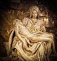 Michelangelo's Pietá (15095708928).jpg