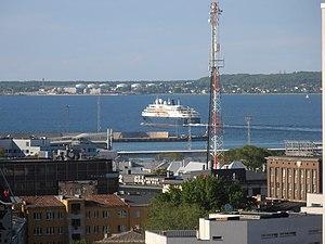 Minerva lahkub Tallinnast 31. mail 2012.JPG