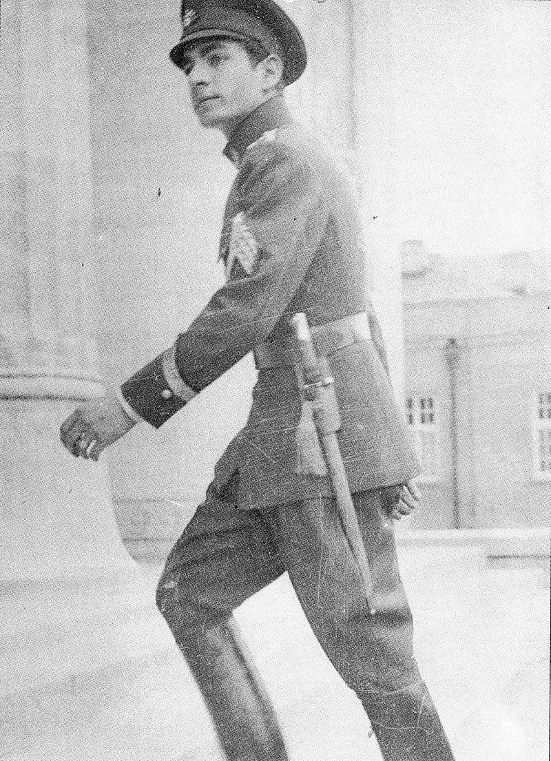 Mohammad Reza Pahlavi Entering a Military School, Tehran 1938.jpg