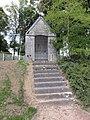 Monceau-Saint-Waast (Nord, Fr) chapelle D951.jpg