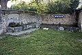 Montpaon-Fontaine et lavoir-20120624.jpg