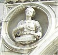 Monza-portale-del-Duomo-tondo-Teodolinda.jpg