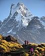 Mt. Fishtail and trekkers.jpg