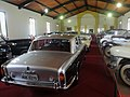 Museu Agromen de Tratores e Implementos Agrícolas, localizado no complexo do Centro Hípico e Haras Agromen em Orlândia. Rolls-Royce Silver Shadow de 1975 - panoramio.jpg