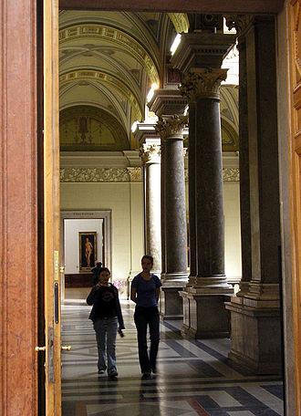 Museum of Fine Arts (Budapest) - A corridor