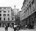 Narodni trg. (Pjaca), szemben a Diocletianus palota óratornya. Fortepan 29318.jpg