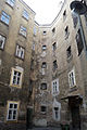 Narrenturm Innenhof 1090.jpg