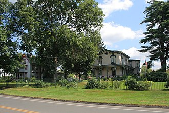 Newington Junction - Part of the Newington Junction North Historic District