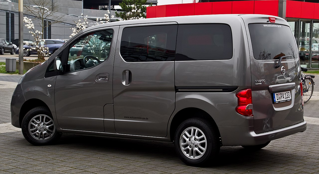 nissan nv200 evalia images de voitures. Black Bedroom Furniture Sets. Home Design Ideas
