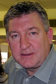 Norman whiteside head crop.jpg