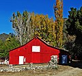 Oak Glen Autumn Barn 11-14 (15916940430).jpg