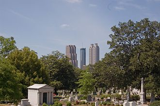 Oakland Cemetery (Atlanta) - Oakland Cemetery with the Atlanta skyline in the background