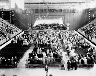 Ottawa Auditorium - A Thanksgiving Service in the Auditorium, 1927