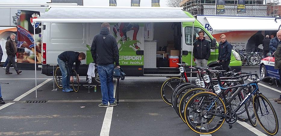 Oudenaarde - Ronde van Vlaanderen Beloften, 11 april 2015 (A07).JPG