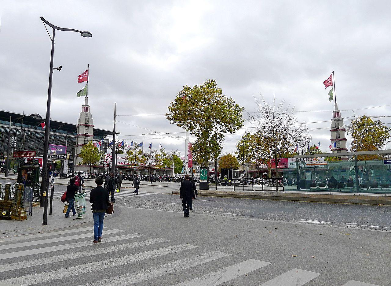 Fichier p1050999 paris xv pte de versailles entr e du parc for Parking parc des expositions versailles