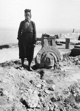 Palatsägaren Charalampos med korouan , no. 290. Vouni. porträtt. Galini - SMVK - C00641.tif