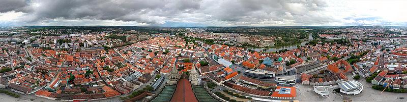 Вид на Ульм с башни собора (круговая панорама)
