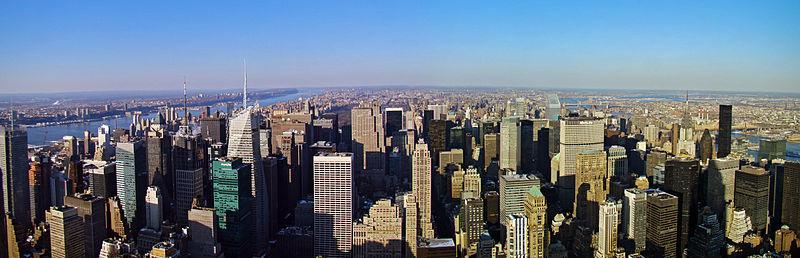 ✰✰ جولة في مدينة نيويورك _ أبرز المعالم السياحية_ ✰✰ 800px-Panorama_Skyli