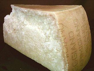 Parmigiano-Reggiano - Image: Parmigiano reggiano piece