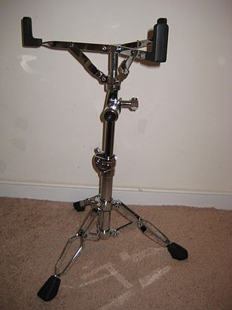 Pearl Drums - S900 snare stand.