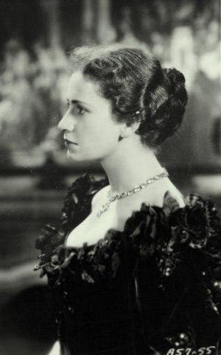 Peggy-Ashcroft-1936-2