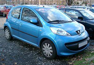 Peugeot 107 - Image: Peugeot 107 front 20071203