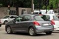 Peugeot 207 1.6 HDi Premium X-Line 2011 (38722671732).jpg