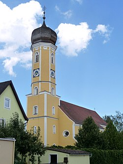 Pfarrkirche Pfatter.JPG