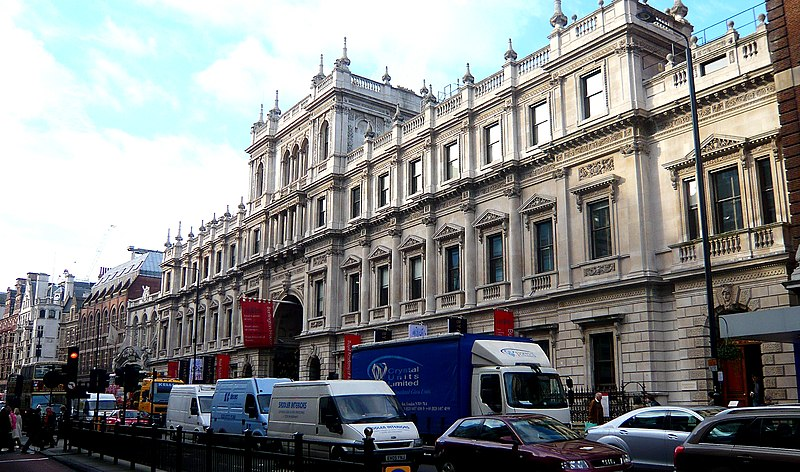 http://upload.wikimedia.org/wikipedia/commons/thumb/5/5b/Piccadilly_Burlington_House.jpg/800px-Piccadilly_Burlington_House.jpg