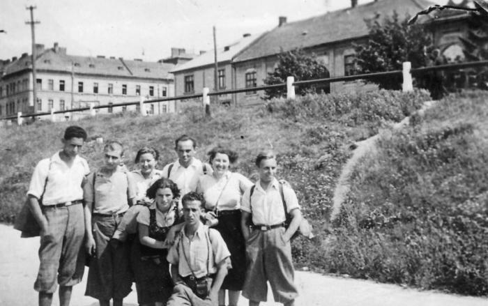 PikiWiki Israel 2139 Kibutz Gan-Shmuel sk10- 308 הכשרה בצכיה לקראת העליה לארץ ישראל 1930-4
