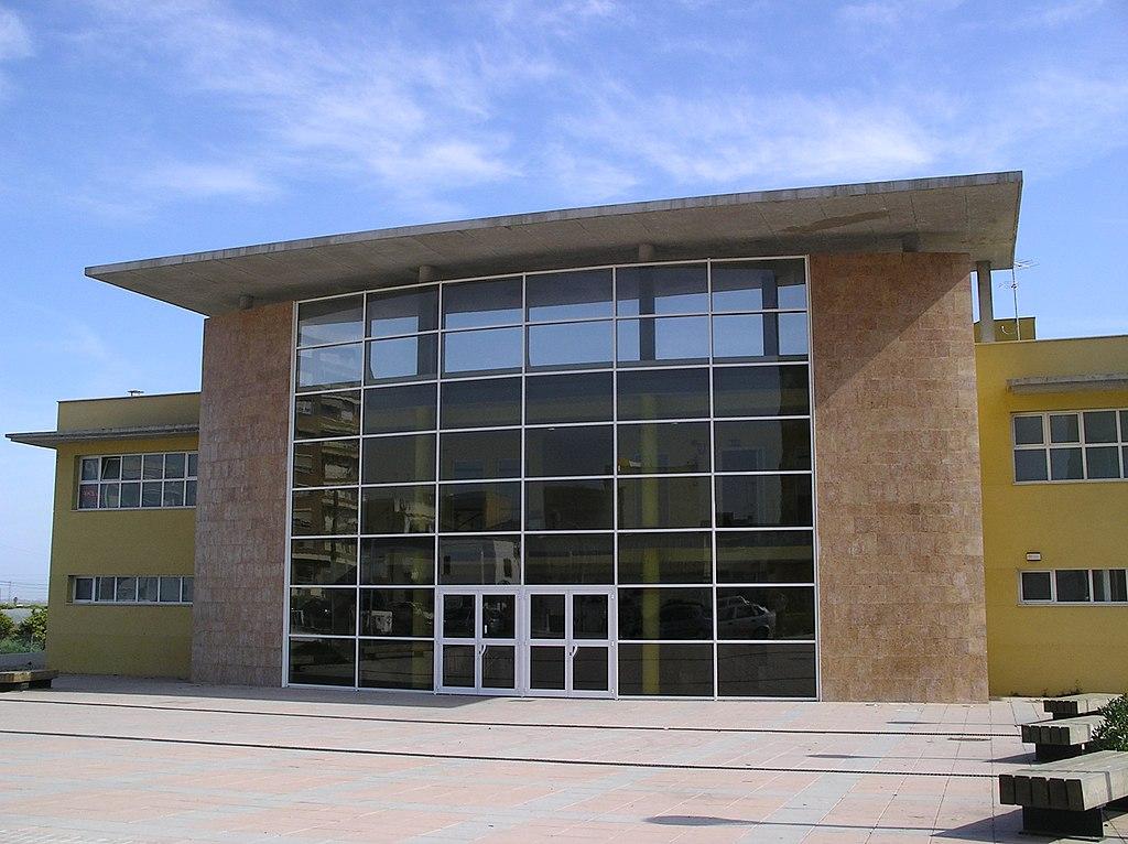 Archivo piscina de silla valencia jpg wikipedia la for Piscina municipal de valencia