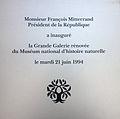 Plaque rénovation Galerie de l'évolution.JPG