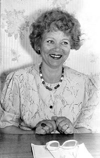 Pn-mikhailova-e-i-1999.jpg
