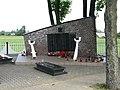 Pomnik w Rajsku PL.jpg