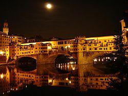 Ponte vecchio at night.JPG