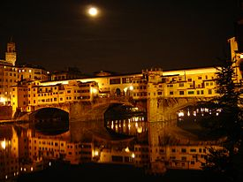 Ponte vecchio at night.JPG