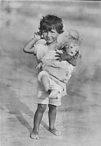 Patricia Ziegfeld Stephenson - Portrait photograph of Patricia Ziegfeld, 1919
