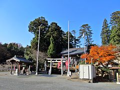 Precincts of Kobimine-jinja shrine 2.JPG