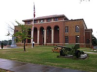 Prentiss County Mississippi Courthouse 2013.jpg