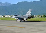 ROCAF F-16B 6818 Taxiing at Hualien Air Force Base 20170923c.jpg