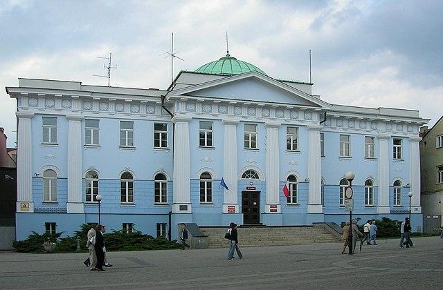 Аудиторы критикуют польские банки за практику предоставления ипотеки в евро и долларах