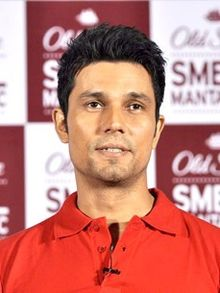 Randeep Hooda body