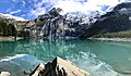 Reflektionen auf dem Oeschinensee mit Blüemlisalp.jpg