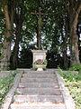 Remaucourt (Aisne) croix de chemin.JPG