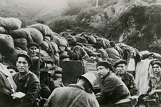 Battle of Irún - Armed civilians from the Republican side during the battle